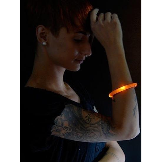 2x Feest-party oranje armbanden met LED lampjes voor dames-heren-volwassenen